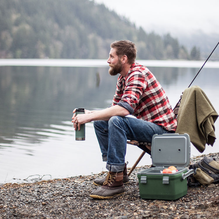Adventure-7Qt-Cooler-Green-+-Classic-One-Hand-Vacuum-Mug-Fishing-at-the-Lake_1